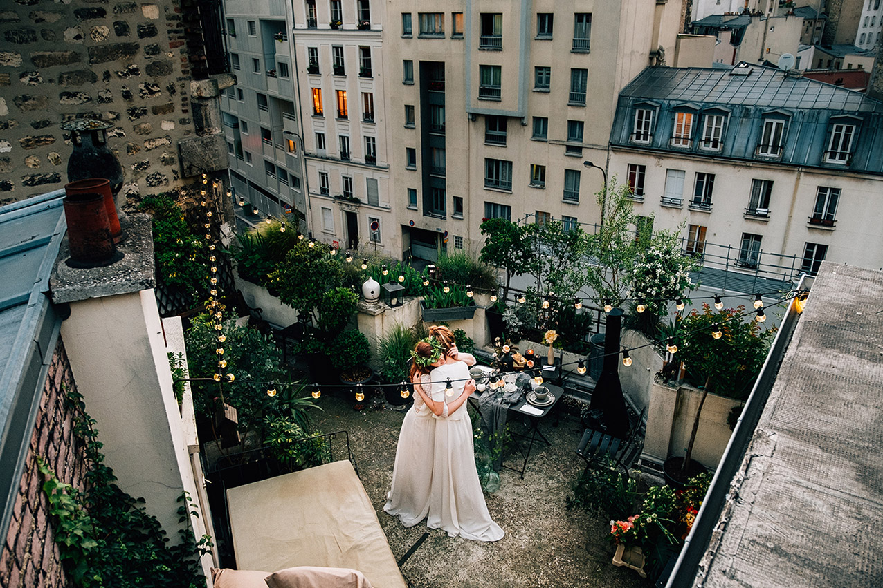 Paris wedding elopement photographer